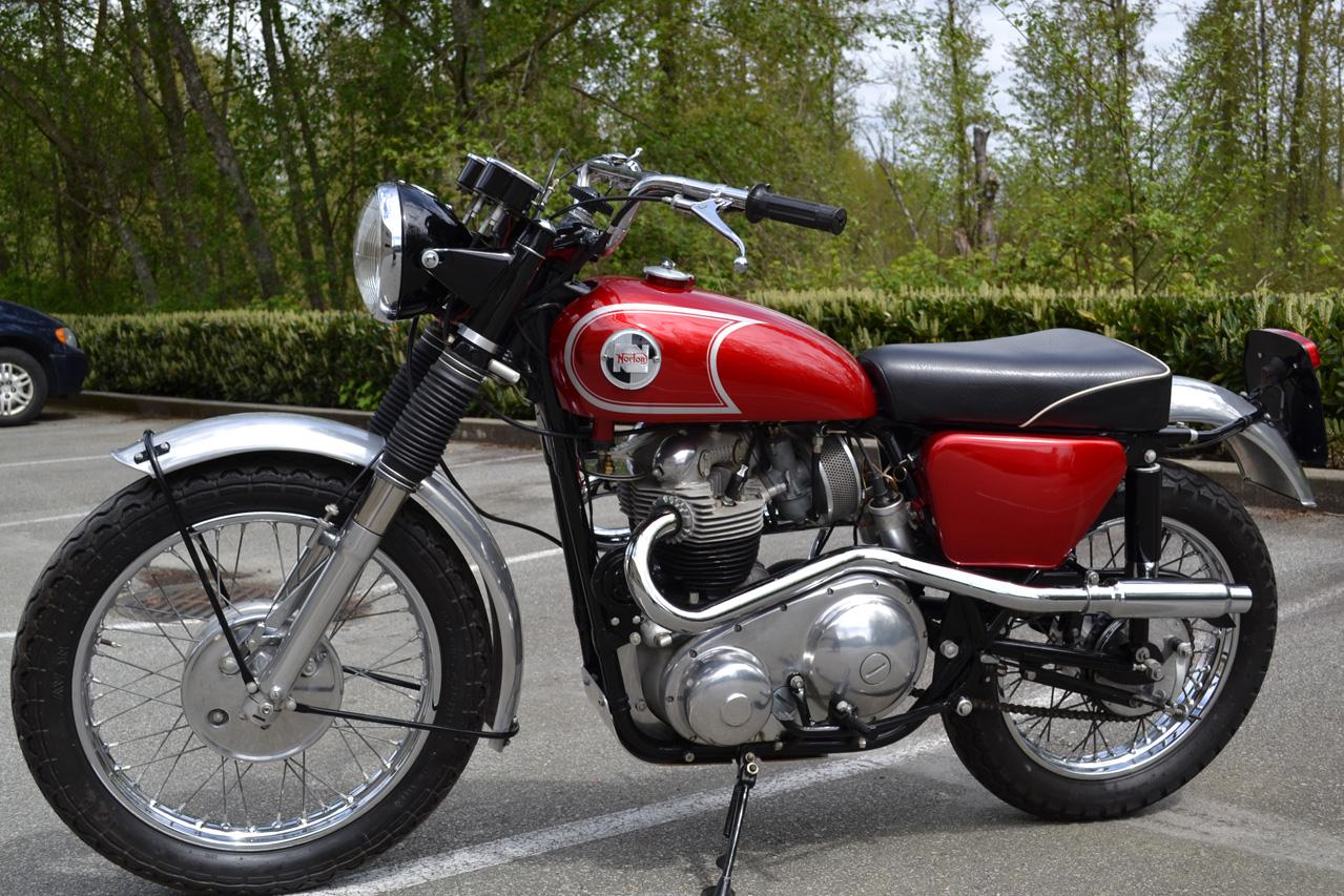 68 Norton P11 001