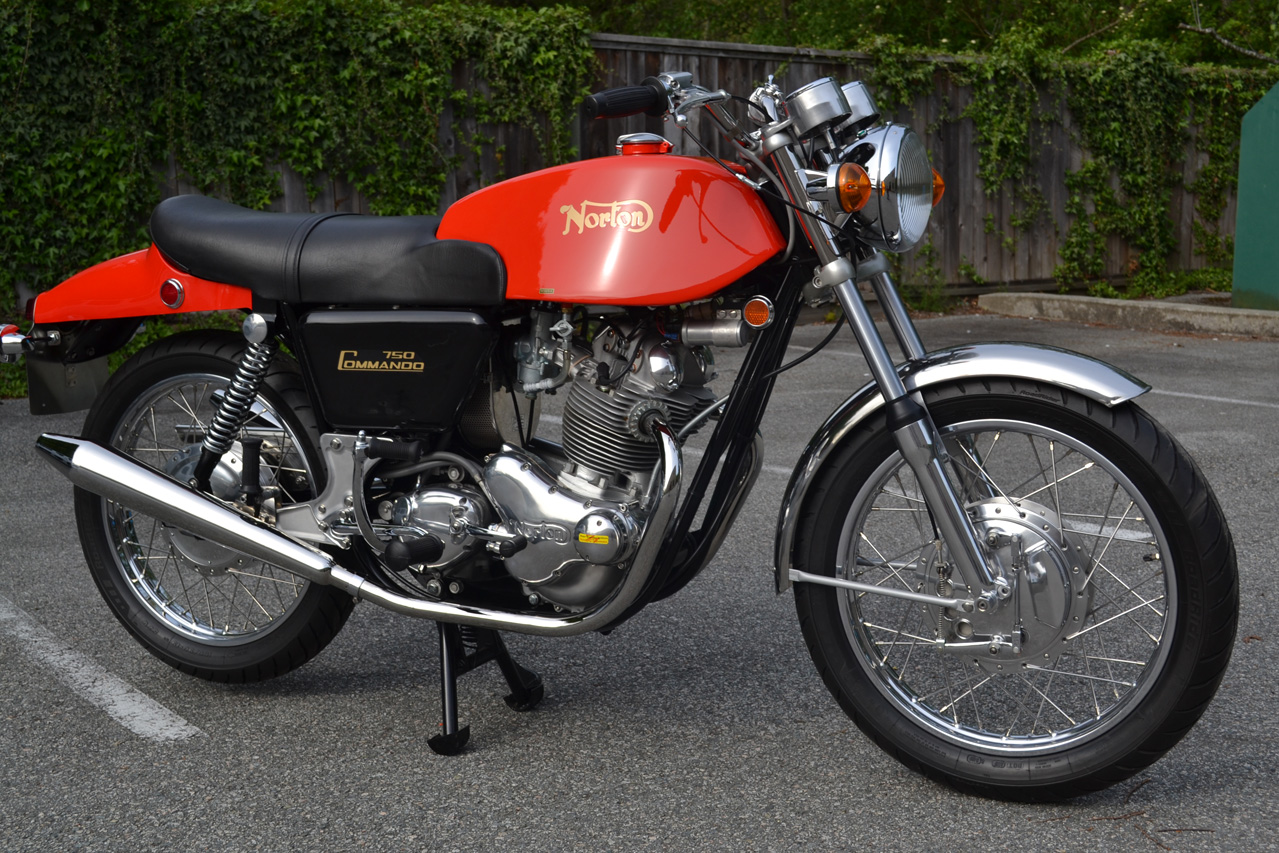 71 Norton Commando Fastback pics 001
